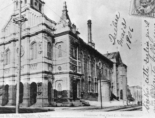 Découvrir la généalogie sur le parvis de l'église