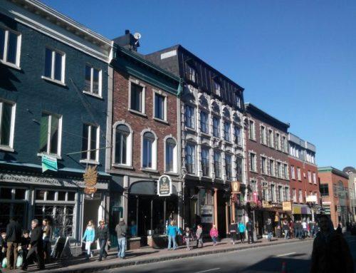 Onze bars et plus de restaurants sur la rue Saint-Jean
